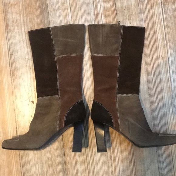 76e672139ed Via Spiga, suede brown patch boots, size 6